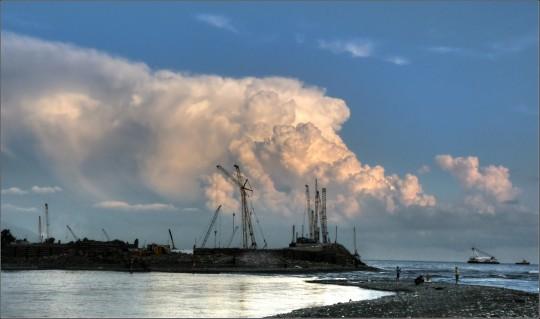 Строительство порта в Адлере. Устье Мзымты