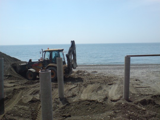 Надстройка над пляжем в районе панс. Охотник