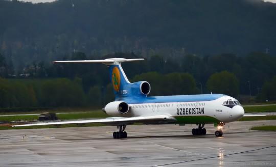 Ту-154М Авиалинии узбекистана